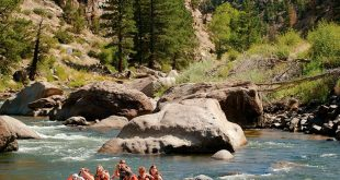 9 Best Whitewater Rafting Adventures in the U.S.
