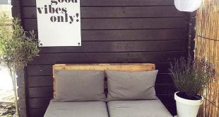 DIY Wooden Pallet Outdoor Furniture Projects