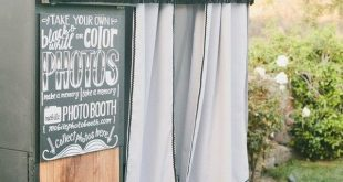 20 Wedding Photobooth Ideas You'll Like