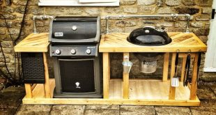 Ein weber mega grill! Die Kombination eines Weber-Gas- und Holzkohlegrills in einer Outdoor-Küche