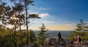 Sawnee Mountain Preserve: hiking the Indian Seats Trail