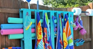 Simple DIY Pallet Pool Storage